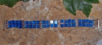 Royal Blue Cats Eye Bracelet in 8 Inch Length