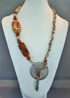 Raw Agate Feather Charm Necklace